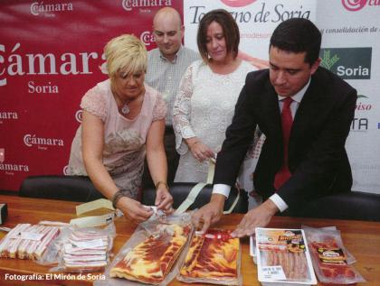Cárnicas Hermanos Giaquinta, la primera empresa en comercializar Torrezno de Soria